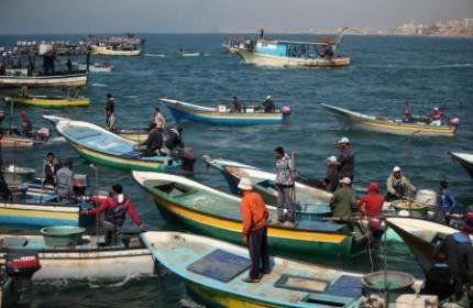 نقيب الصيادين : قرار بإعادة فتح بحر غزة أمام الصيادين