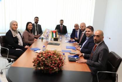 """فلسطين للتأمين وشركة """"JAWWAL PAY"""" توقعان اتفاقية خدمات الدفع الإلكتروني"""