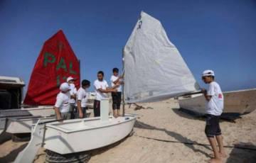 بنك فلسطين يقدم رعايته لفعاليات بطولة ودورة متخصصة في ركوب وقيادة القوارب الشراعية في غزة