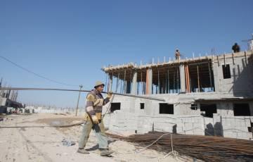 العصار: طاقة إنتاج الصناعات الإنشائية بغزة دون 10%