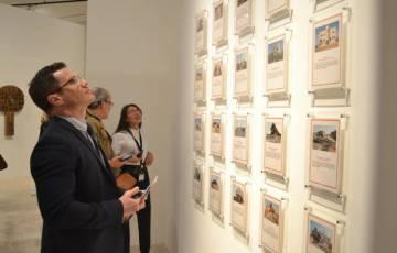 """برعاية بنك فلسطين.. المتحف الفلسطيني يطلق معرضه الفني """"اقتراب الآفاق"""""""