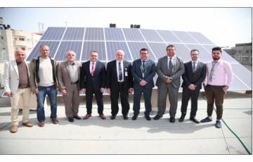 جوال و بلدية البريج يفتتحان مشروع الطاقة الشمسية