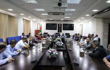 وزير الاتصالات يفتتح اجتماعا لبحث آلية تطوير ناقل البيانات الفلسطيني (X-road)
