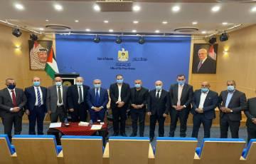 مجلس اتحاد الغرف الفلسطينية  يلتقي دولة رئيس الوزراء