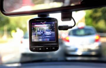 مرور غزة يصدر قرارًا للسائقين بتركيب كاميرات خلفية لهذه المركبات