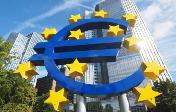 ثقة المستثمرين في منطقة اليورو تقفز لذروة عام