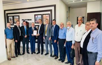 الاتحاد العام للصناعات يلتقي اداره الشركات في بنك فلسطين